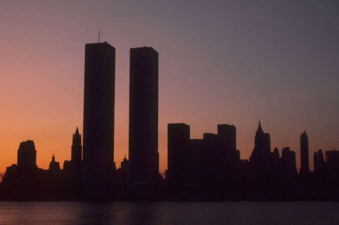 09-nyc-blackout-w1373-h913